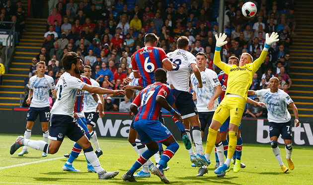 """Everton"" vs ""Crystal Palace"". will ""Everton"" score more than one goal?"