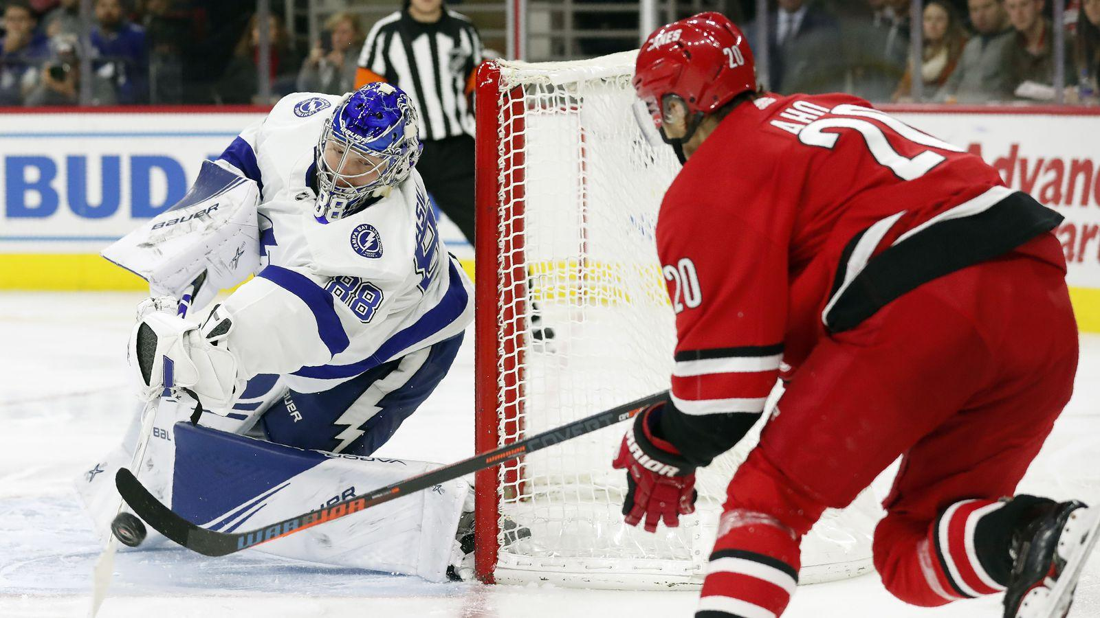 "Carolina vs Tampa Bay: will the ""Lightning"" take two points?"